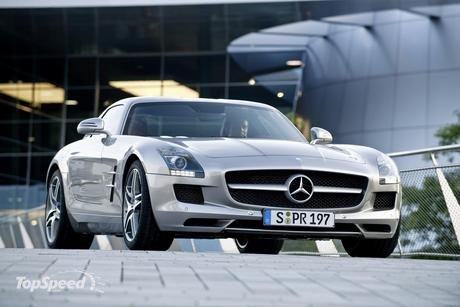top speed 197 mph for 2011 mercedes thought they had come up with their next supercar one to match wits with the brands iconic mercedes benz 300 sl - Top 10 Fast Cars In The World 2012