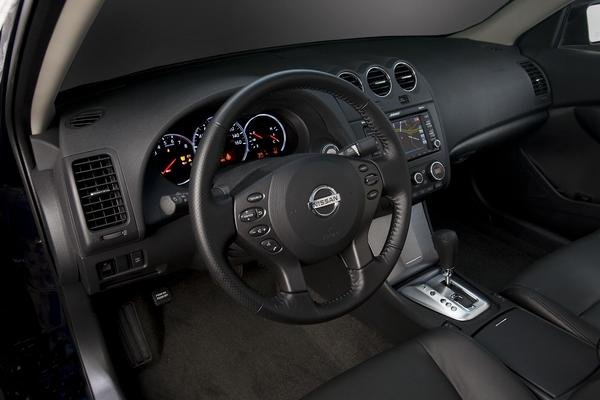 2010 Nissan Altima Car Review Top Speed