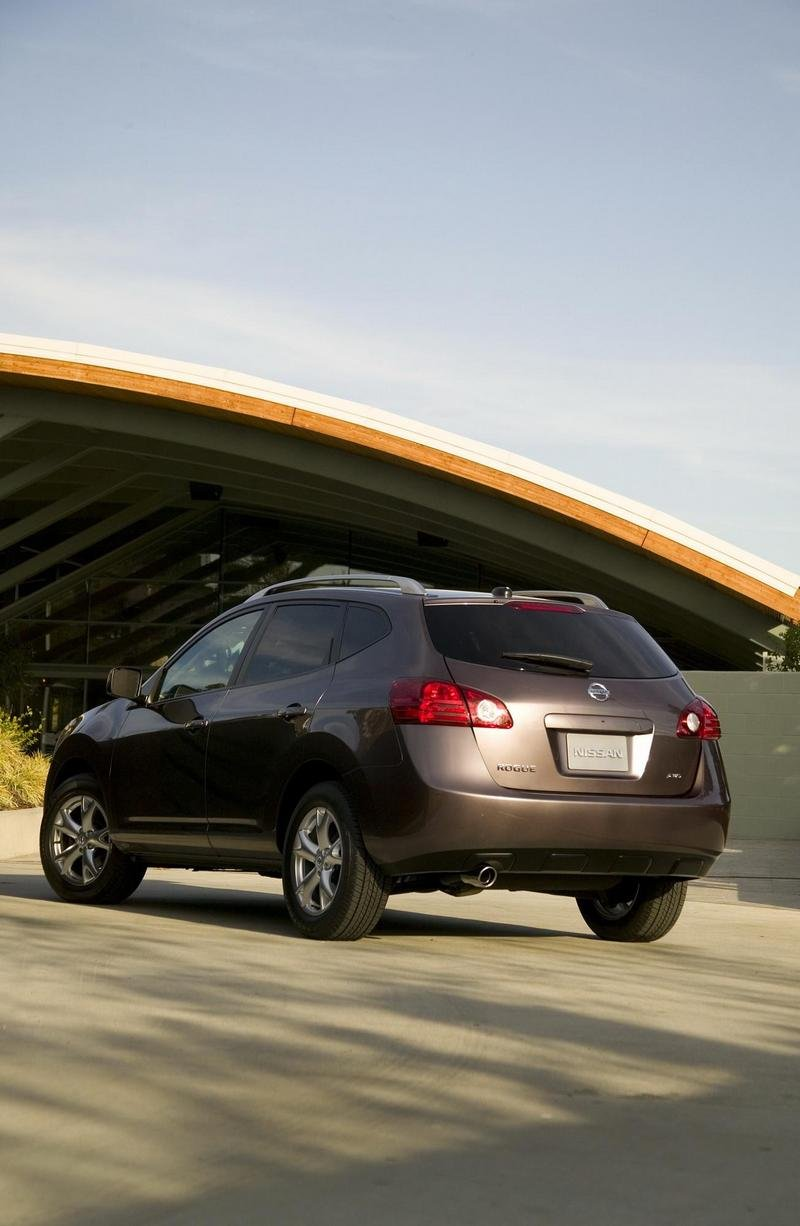 2010 nissan rogue review top speed. Black Bedroom Furniture Sets. Home Design Ideas