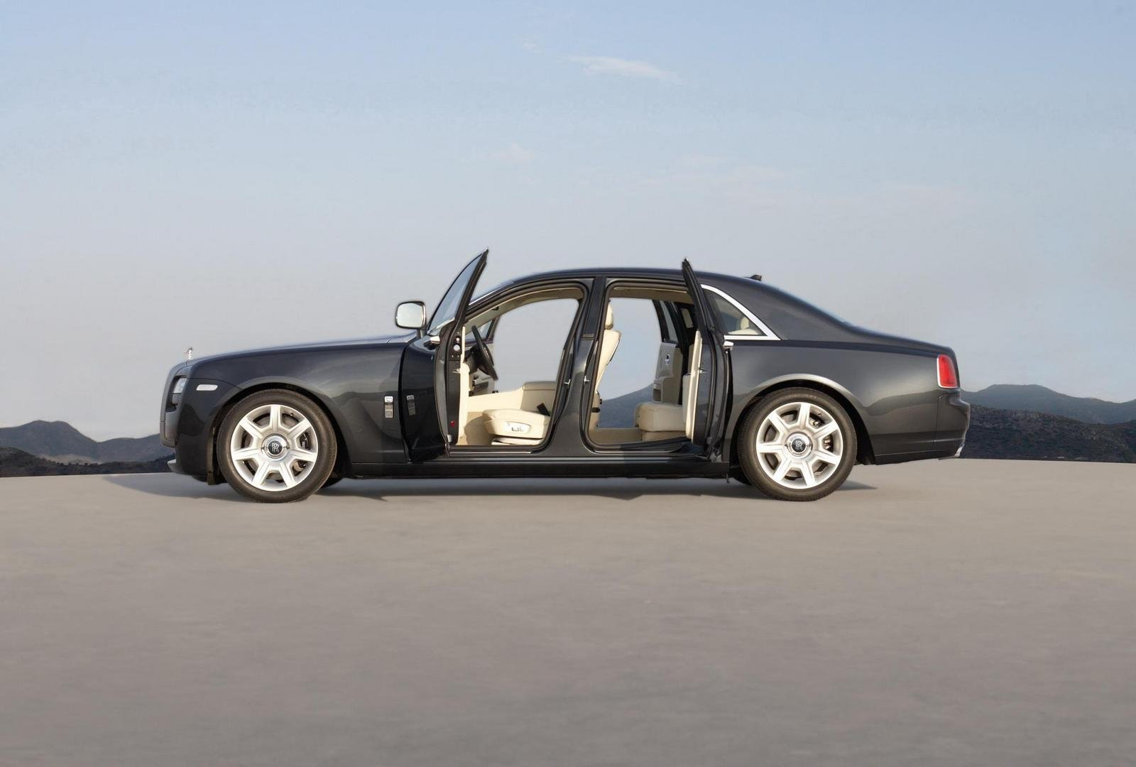 2010 Rolls Royce Ghost - Picture 318458