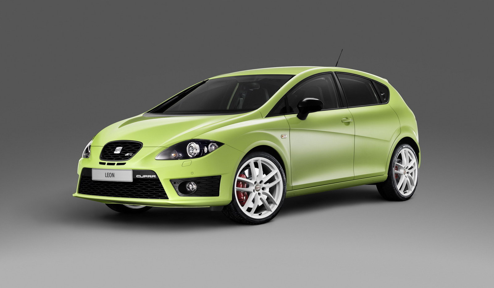 2010 seat leon cupra r review top speed. Black Bedroom Furniture Sets. Home Design Ideas