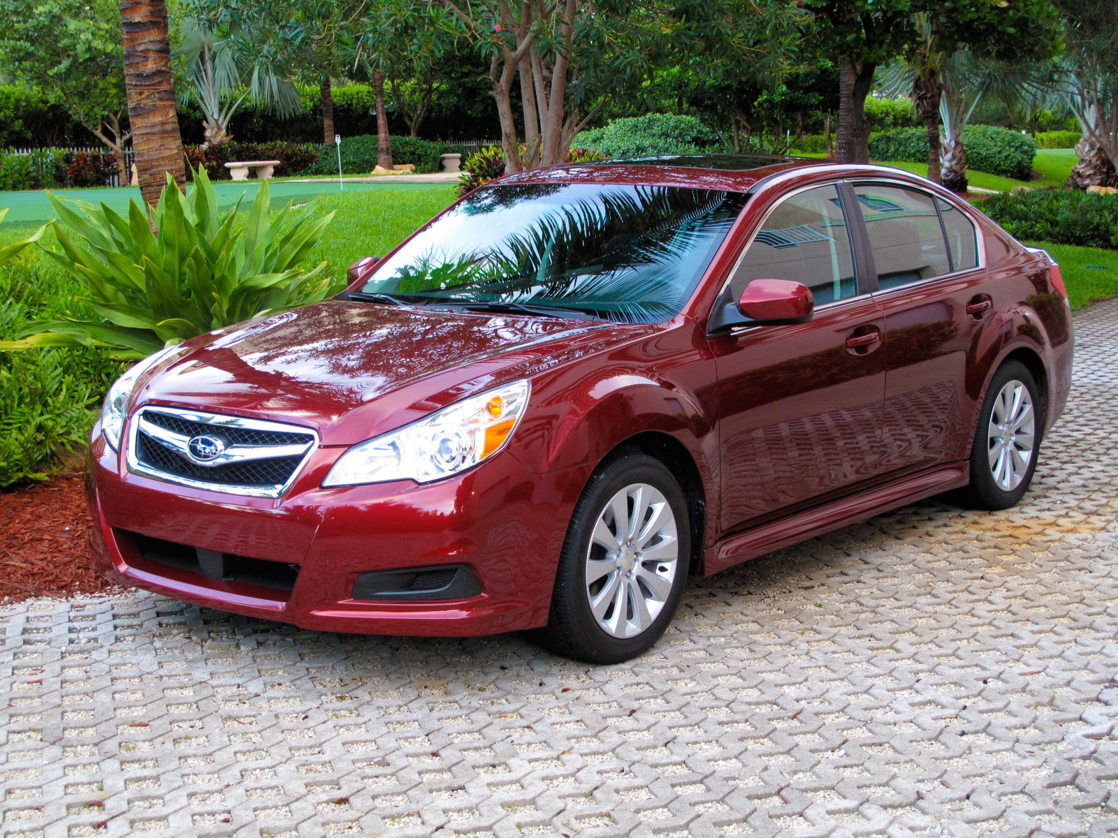 2010 subaru legacy 3 6 r picture 324097 car review top speed. Black Bedroom Furniture Sets. Home Design Ideas