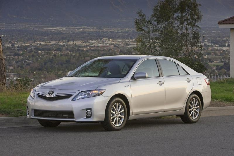 2010 Toyota Camry - image 323190