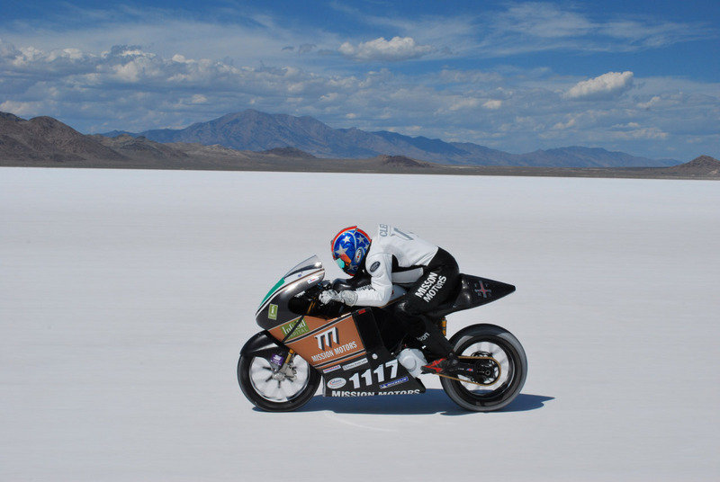 Electric motorcycle land speed record: Mission One hits 150mph on salt! (w/video)