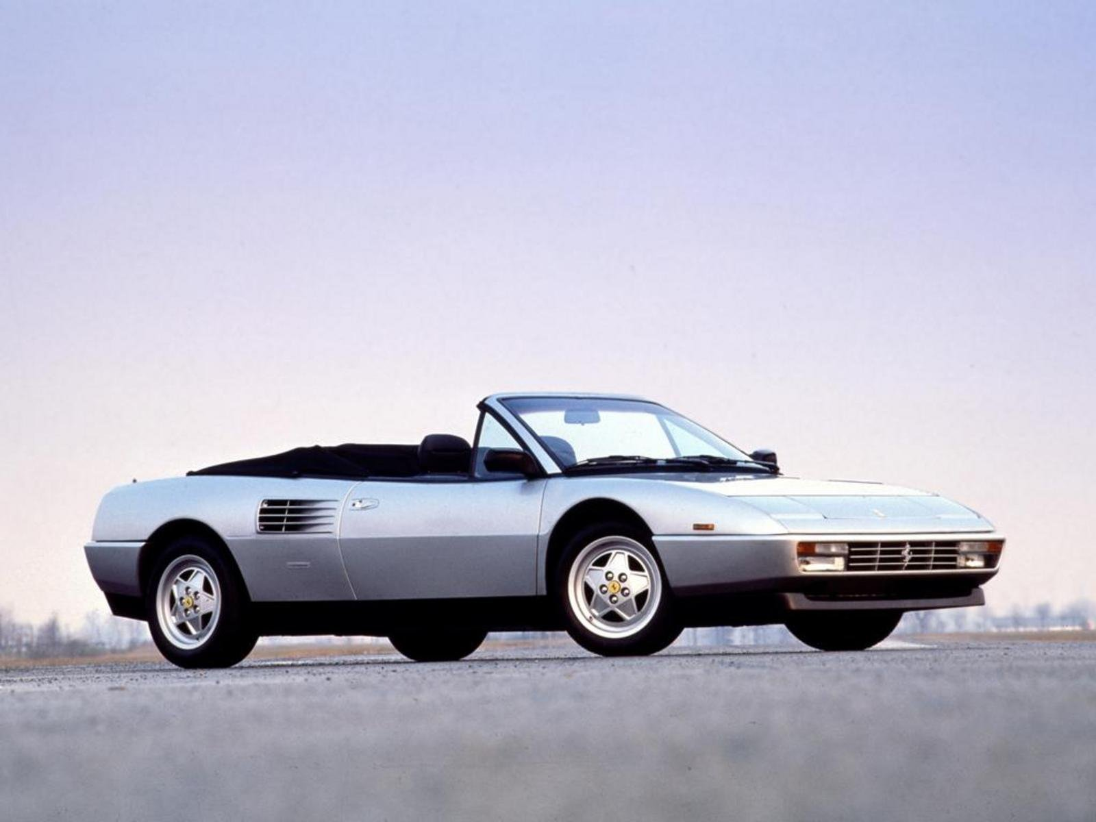 1989 1993 ferrari mondial t cabriolet review top speed. Black Bedroom Furniture Sets. Home Design Ideas
