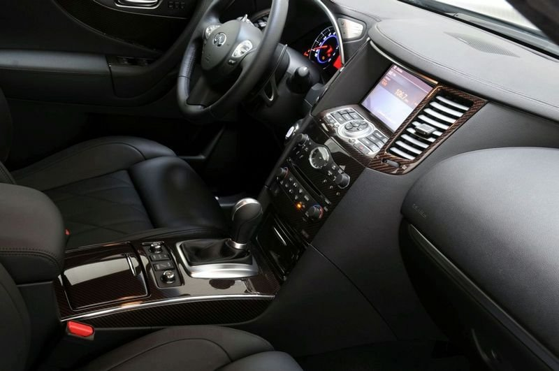 Infiniti FX by CRD