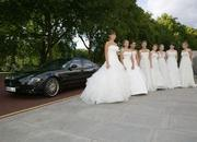 Maserati drives debutantes to Queen Charlotte's Ball - image 323446