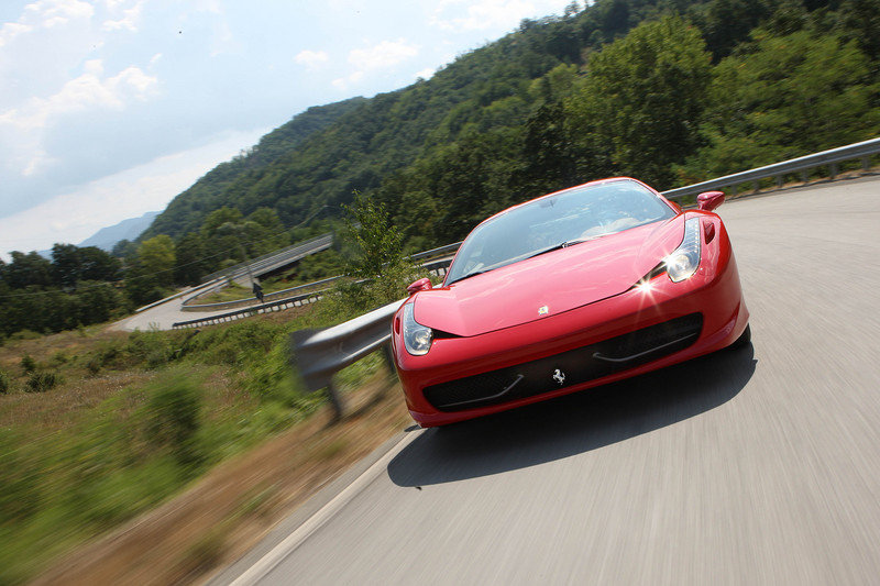 Video: Ferrari 458 Italia information from Frankfurt
