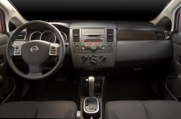 For 2010 The Nissan Versa Gets
