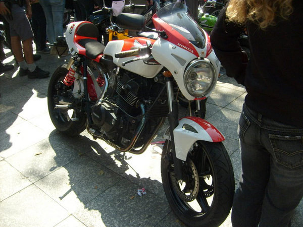 how to make a cafe racer