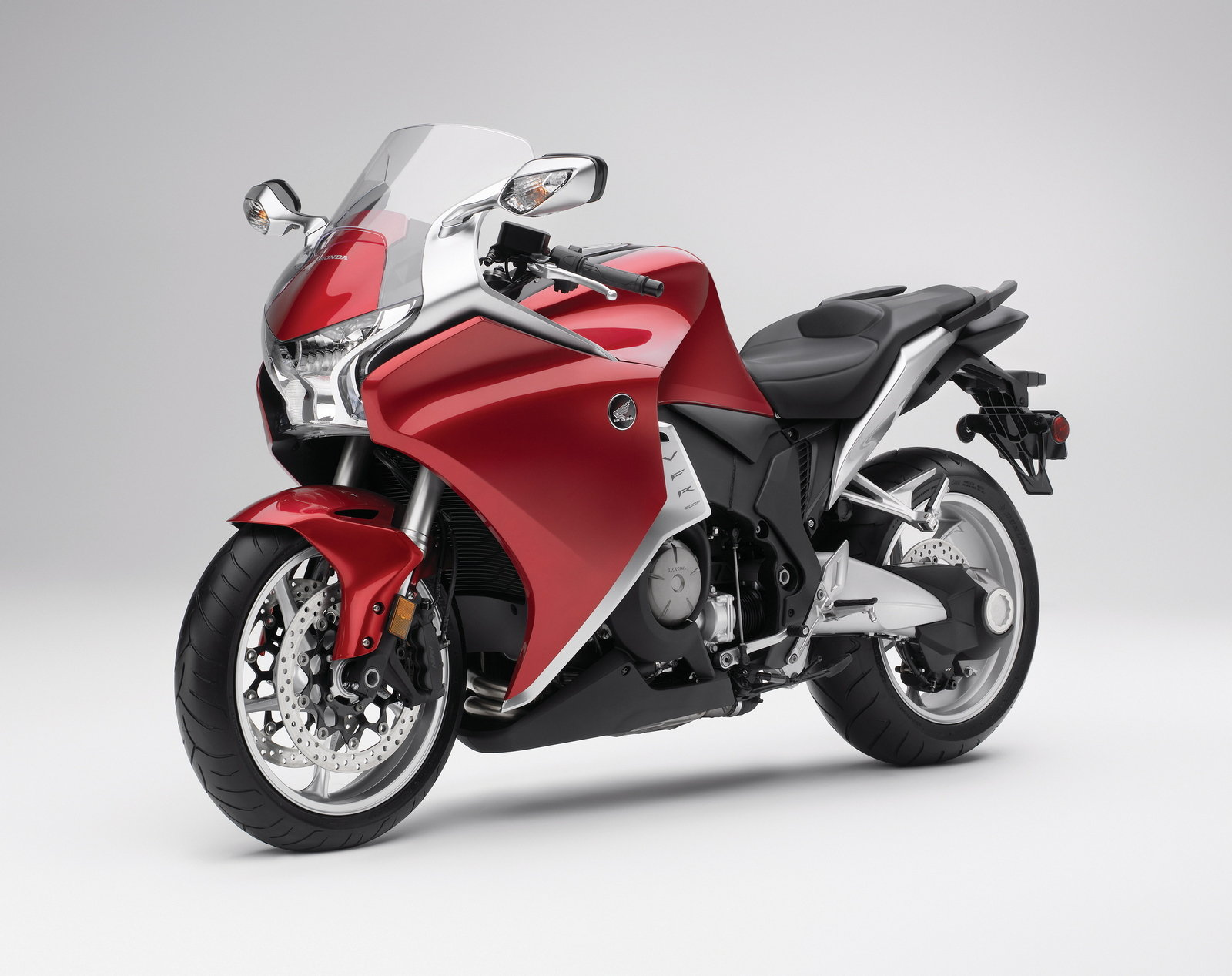 honda motorcycles honda vfr1200f fast and furious pics. Black Bedroom Furniture Sets. Home Design Ideas