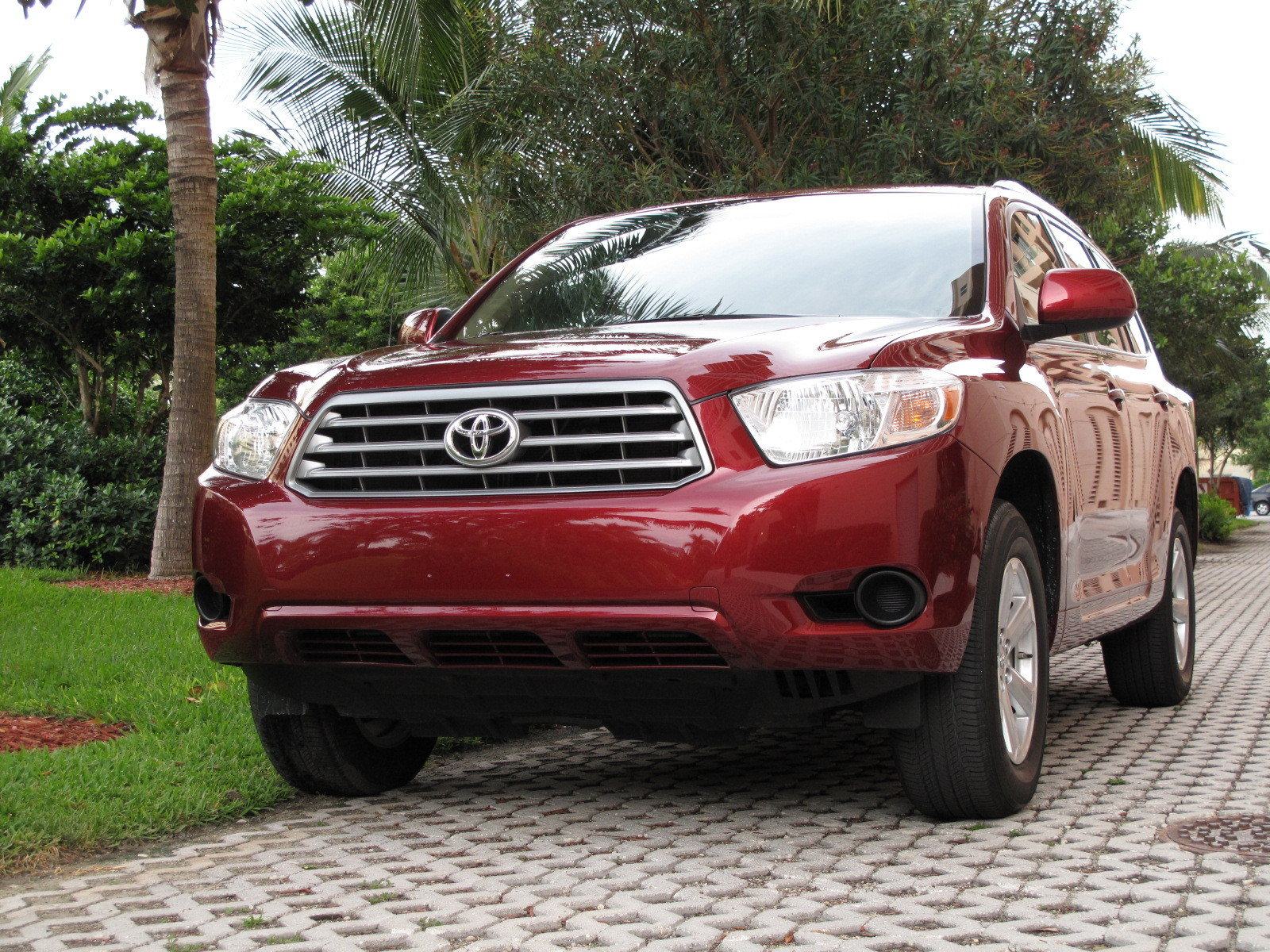 initial thoughts 2010 toyota highlander news top speed. Black Bedroom Furniture Sets. Home Design Ideas