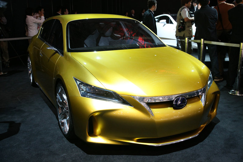 Lexus unveils the lf a super car at the 41st tokyo motor for Tokyo motor show lexus