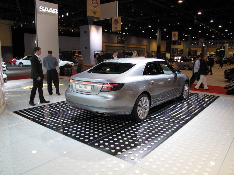 Video: SAAB unveils the new 9-5 at the 2009 South Florida International Auto Show