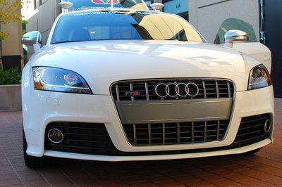 Stanford creates robotic Audi TTS; hopes to race it at Pikes Peak