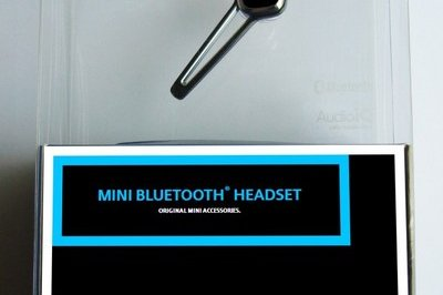 BMW to launch BMW and MINI Bluetooth headsets in December