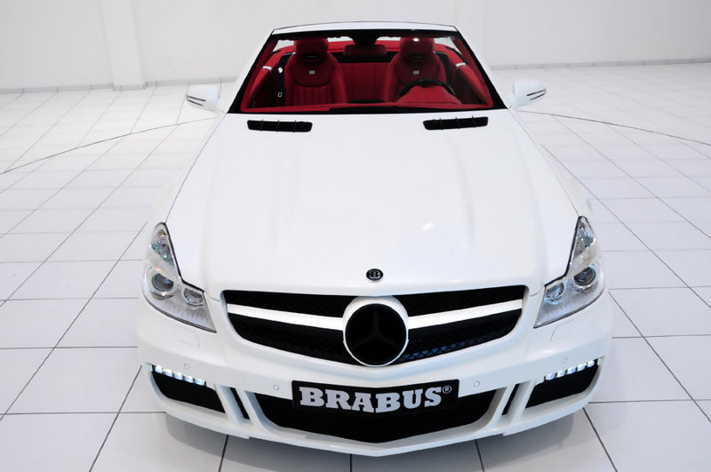 Mercedes Sl Class News And Reviews Top Speed