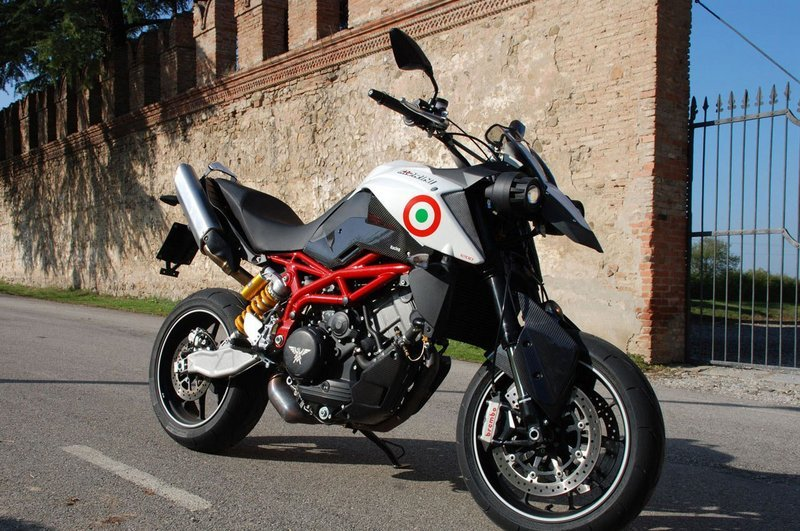 First photos of the new Moto Morini Granpasso 1200 SM