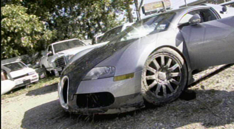 The aftermath: Photos of the lagoon-diving Bugatti Veyron