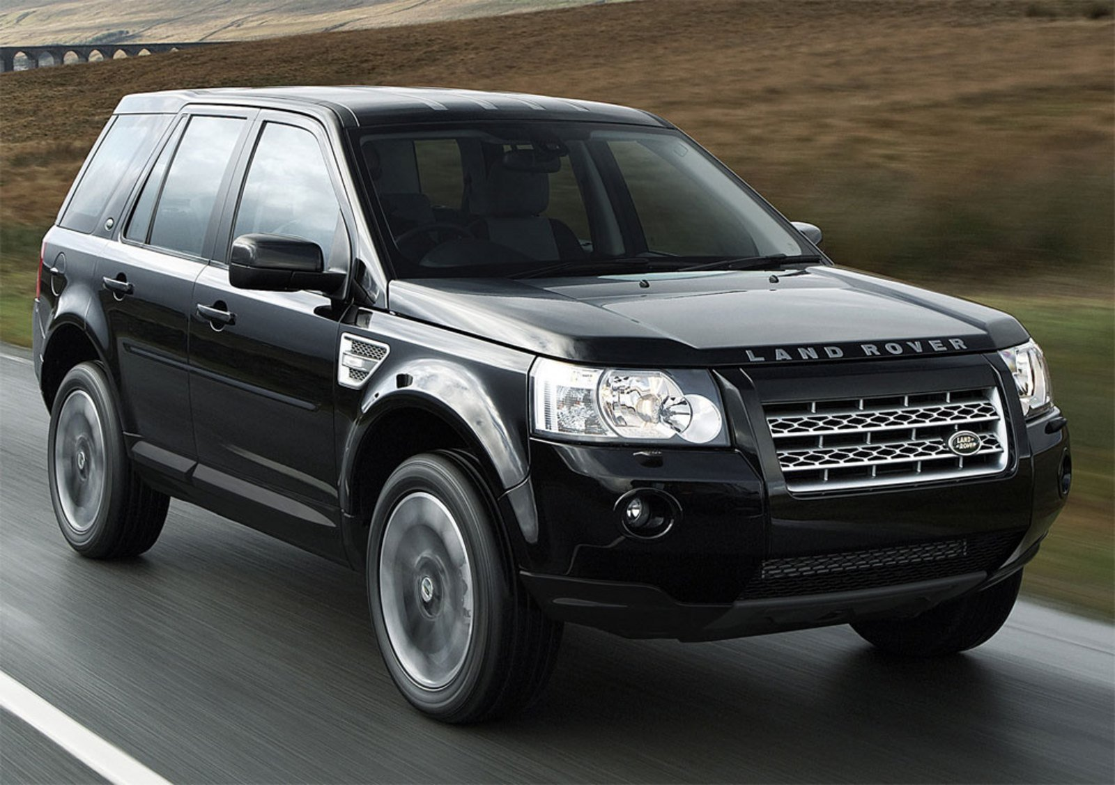 2010 land rover freelander 2 sport review top speed. Black Bedroom Furniture Sets. Home Design Ideas