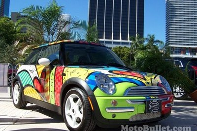 Brazilian artist Romero Britt designs pop art on 2002 MINI Cooper