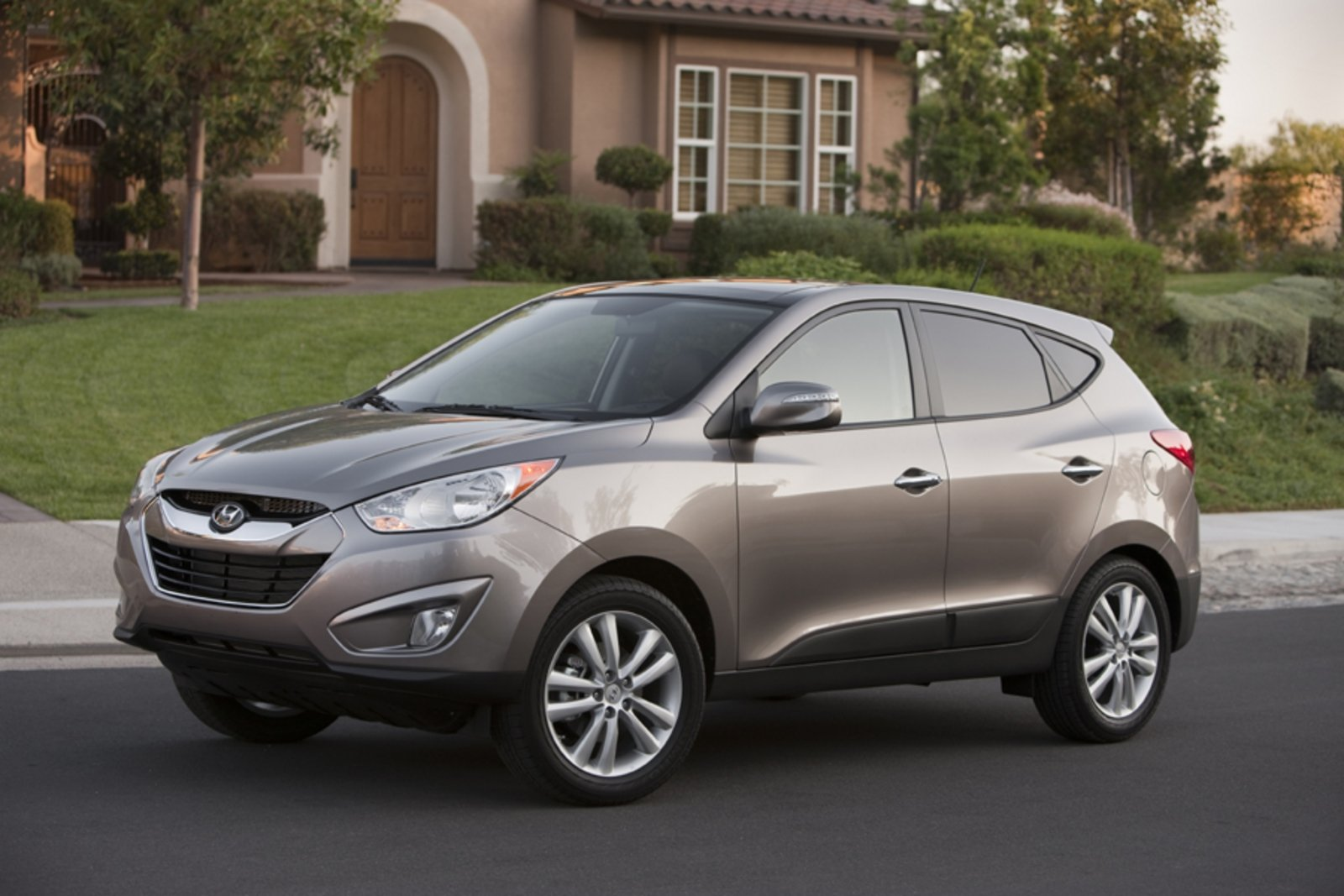 published first official hyundai news price tucson images
