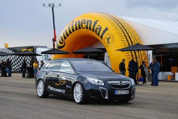 steinmetz insignia sports tourer becomes the fastest street legal opel ever picture