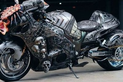Predator Hayabusa – give it gas or it will eat you alive!