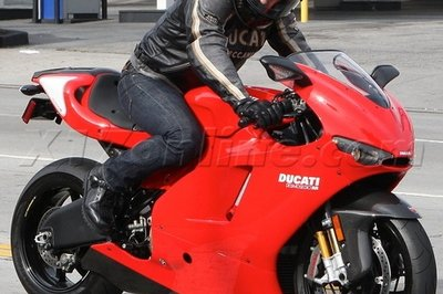 Does Tom Cruise make the Ducati Desmosedici look better?