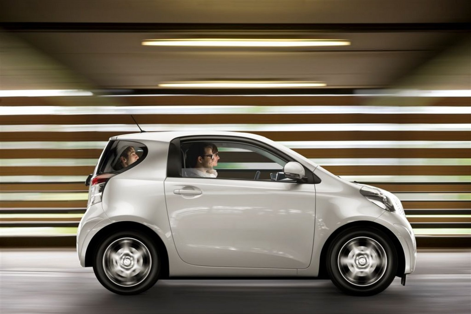 2010 Toyota Iq Access Review Top Speed