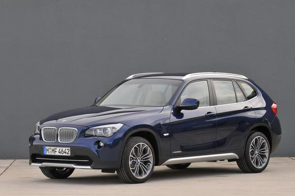2010 bmw x1 xdrive28i and xdrive25i car review top speed. Black Bedroom Furniture Sets. Home Design Ideas