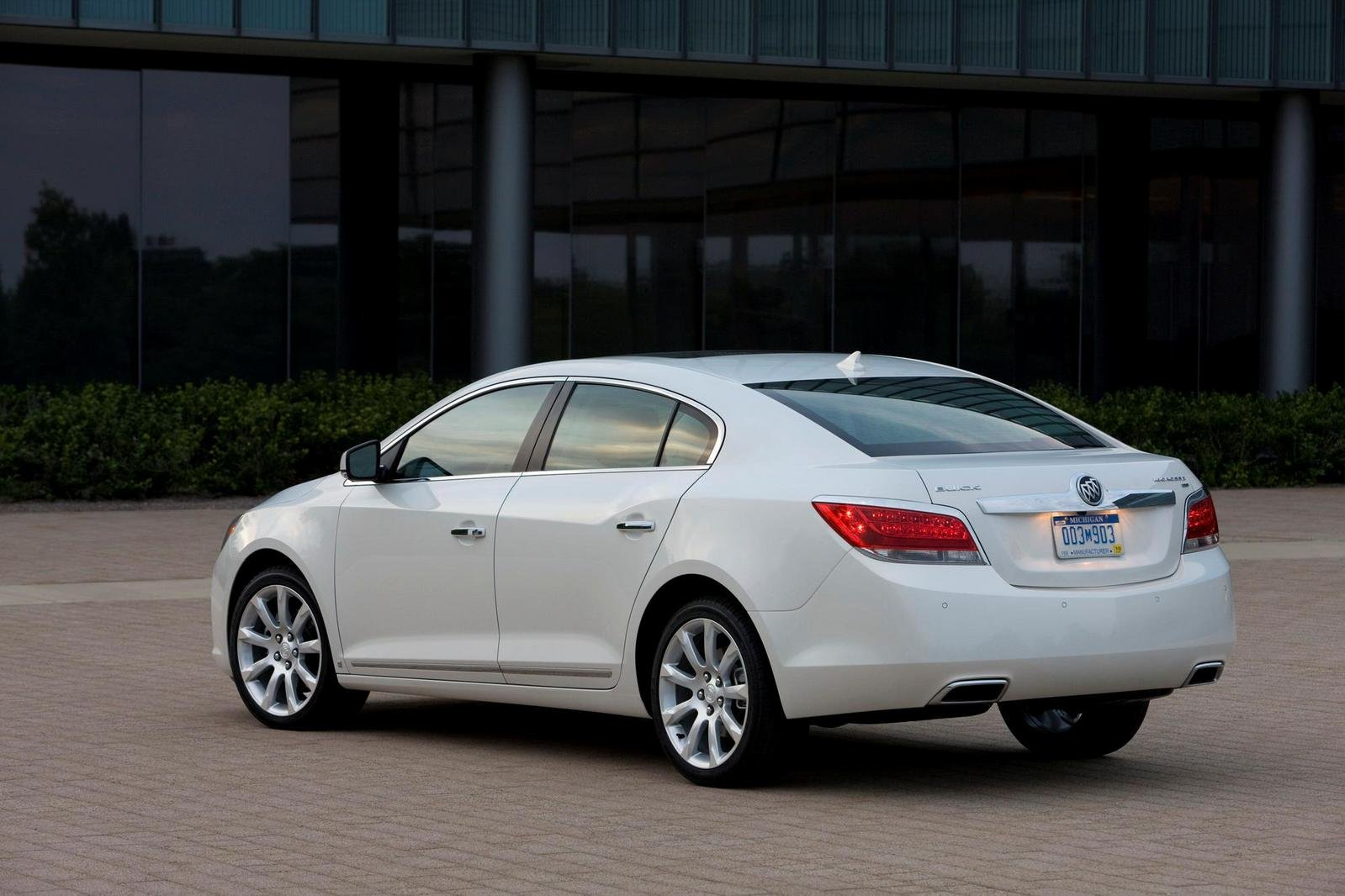 2010 buick lacrosse picture 344634 car review top speed. Black Bedroom Furniture Sets. Home Design Ideas