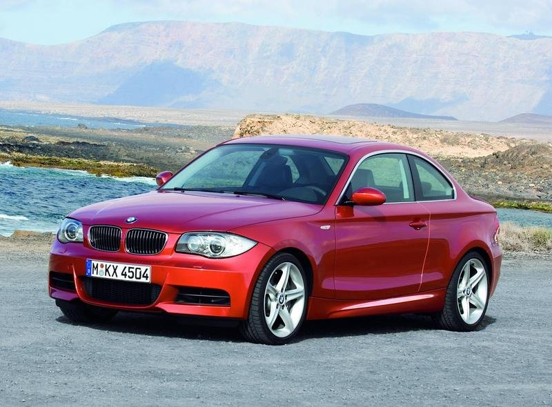 BMW 135i Coupe and Convertible 2011