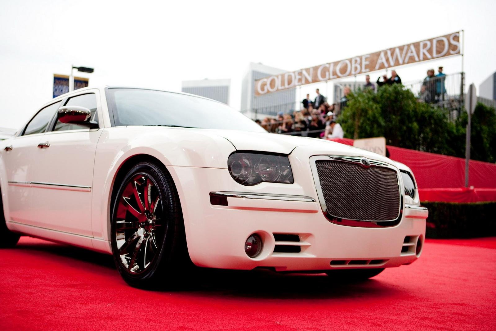 2010 chrysler 300 haiti edition review top speed. Black Bedroom Furniture Sets. Home Design Ideas