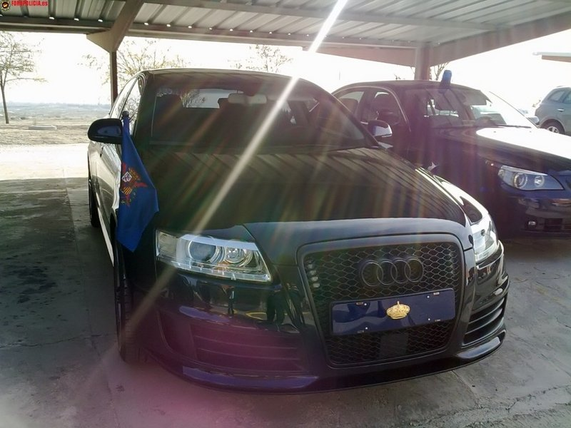 King Juan Carlos of Spain rolls around town in an Audi RS6