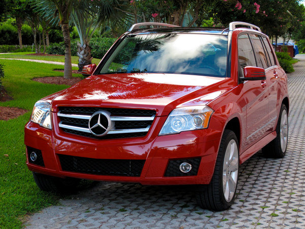 2010 mercedes benz glk 350 car review top speed. Black Bedroom Furniture Sets. Home Design Ideas