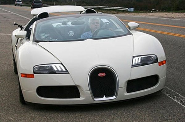 video jay leno drives a bugatti veyron 16 4 grand sport in response to conan. Black Bedroom Furniture Sets. Home Design Ideas