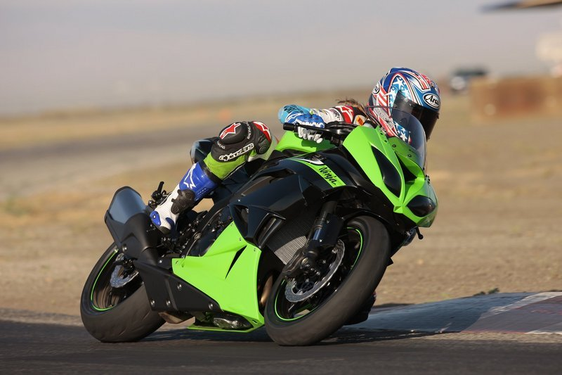 Kawasaki Zx 6r Reviews Specs Prices Top Speed