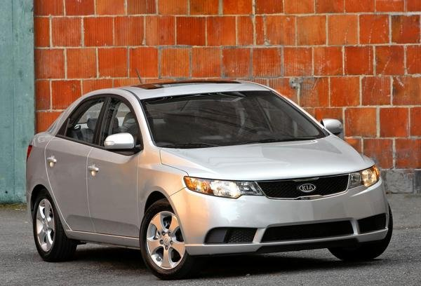 2010 kia forte car review top speed. Black Bedroom Furniture Sets. Home Design Ideas
