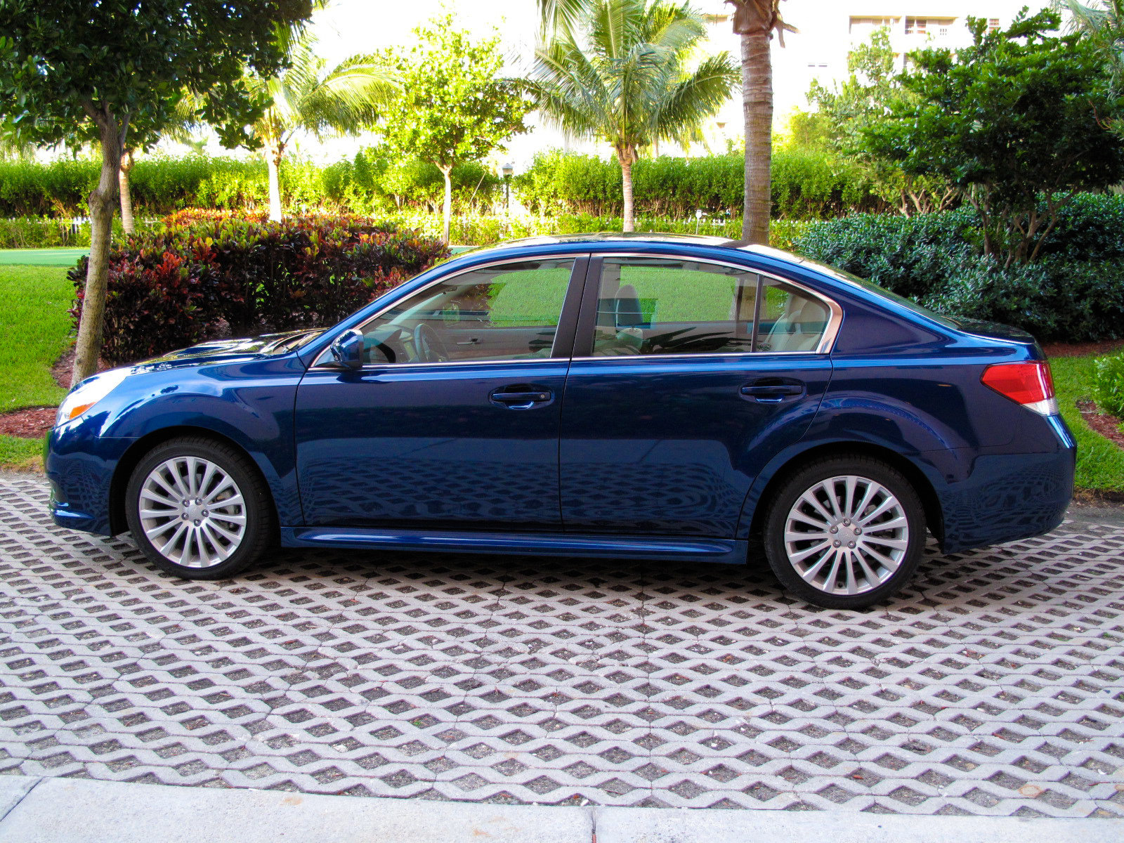 2010 subaru legacy 2 5 gt picture 345507 car review top speed. Black Bedroom Furniture Sets. Home Design Ideas