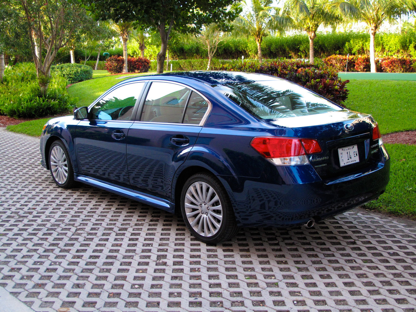 2010 subaru legacy 2 5 gt picture 345508 car review top speed. Black Bedroom Furniture Sets. Home Design Ideas