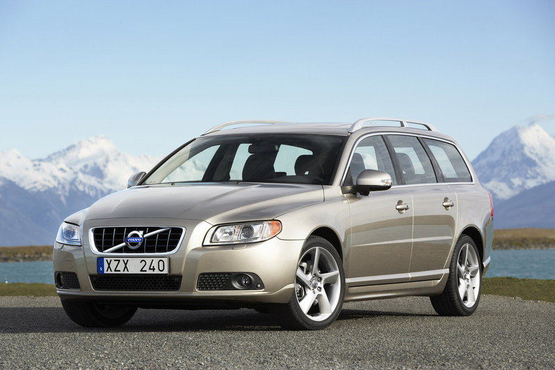 2010 Volvo V70 and S80 DRIVe