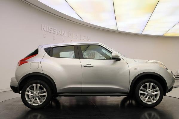 2011 nissan juke car review top speed. Black Bedroom Furniture Sets. Home Design Ideas