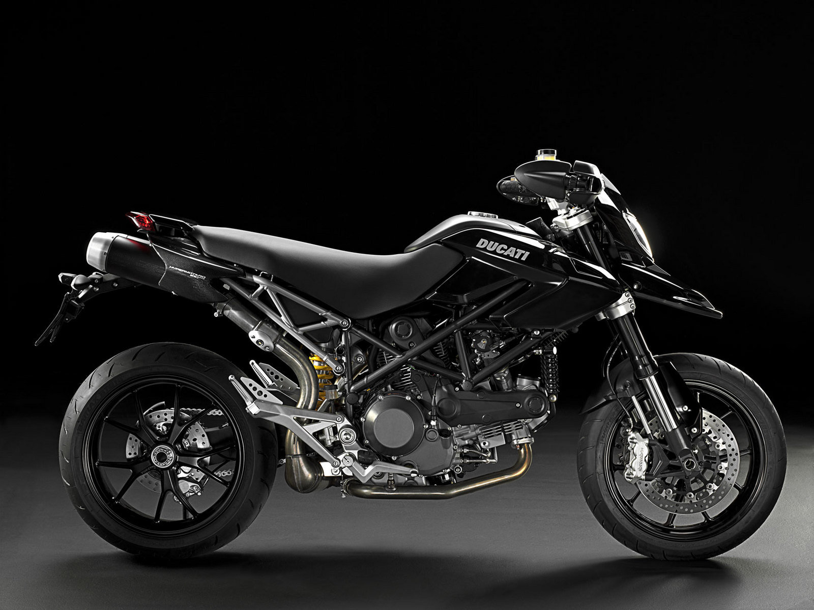 2010 ducati hypermotard 1100 evo evo sp picture 351817 motorcycle review top speed. Black Bedroom Furniture Sets. Home Design Ideas