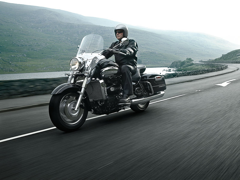 2010 Triumph Rocket III Roadster / Touring Exterior - image 351360