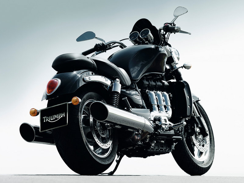 2010 Triumph Rocket III Roadster / Touring Exterior - image 351347