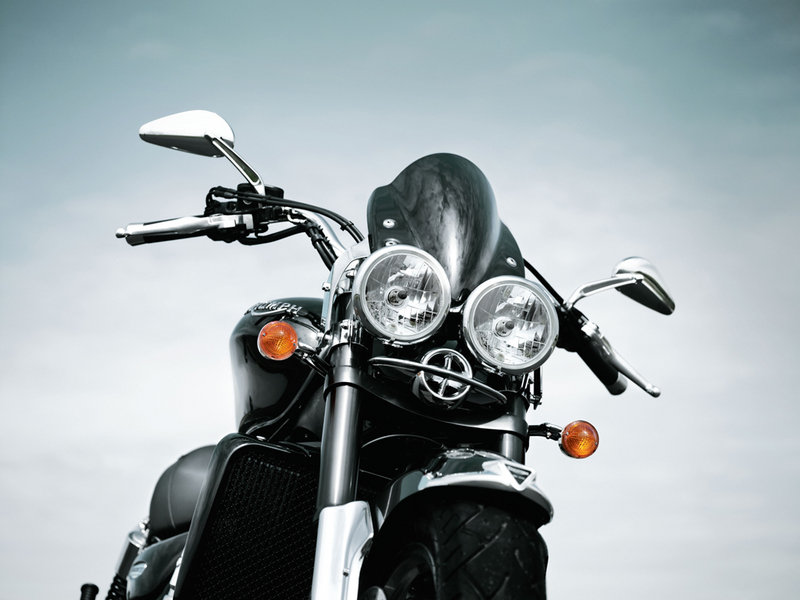 2010 Triumph Rocket III Roadster / Touring Exterior - image 351348