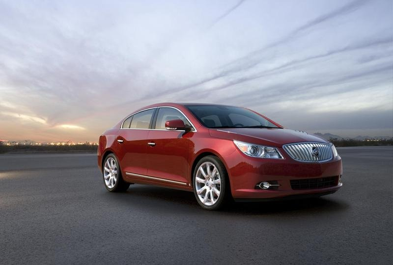 2010 Buick LaCrosse CX gets new Ecotec 2.4 liter Engine