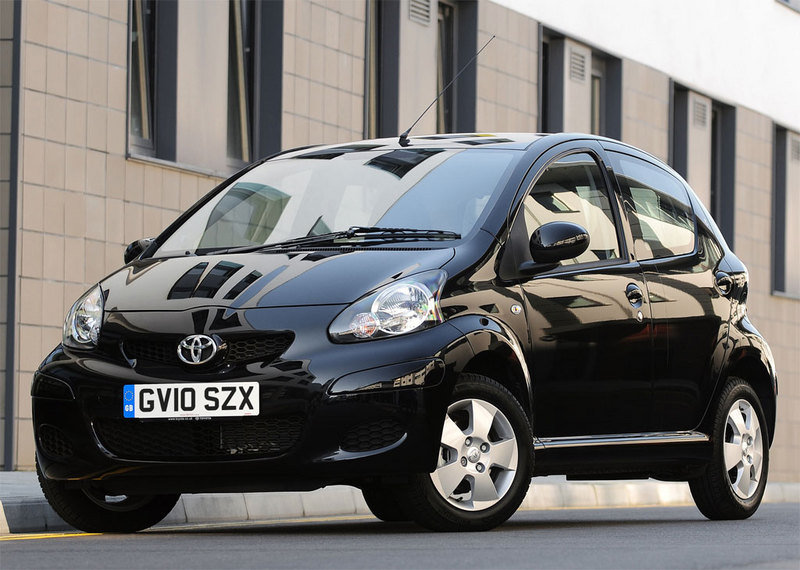 toyota aygo reviews specs prices photos and videos top speed. Black Bedroom Furniture Sets. Home Design Ideas