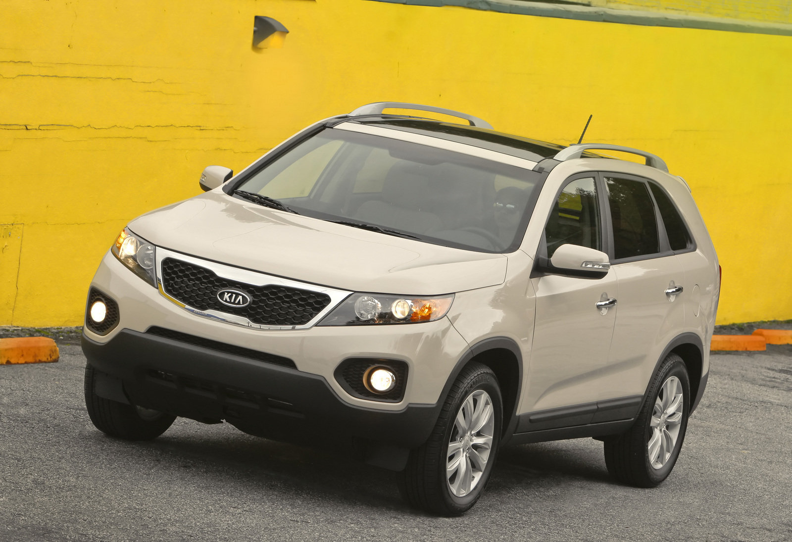 2011 kia sorento sx review top speed. Black Bedroom Furniture Sets. Home Design Ideas
